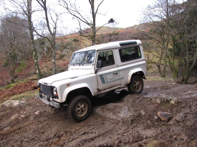 Testing my bog-standard Land Rover 90 V8