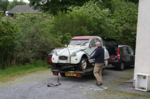 2CV off to a new life! Again.