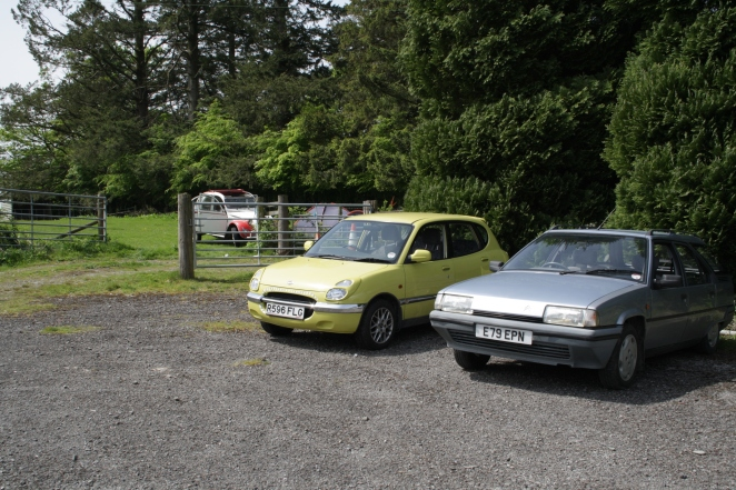 The ClassicHub fleet together at a show