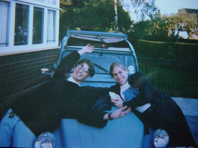 Me, my friend Louise and Misty the 2CV