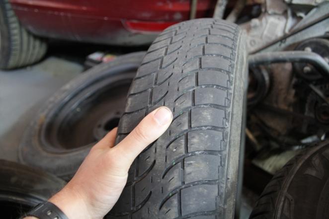 Less tread = less grip