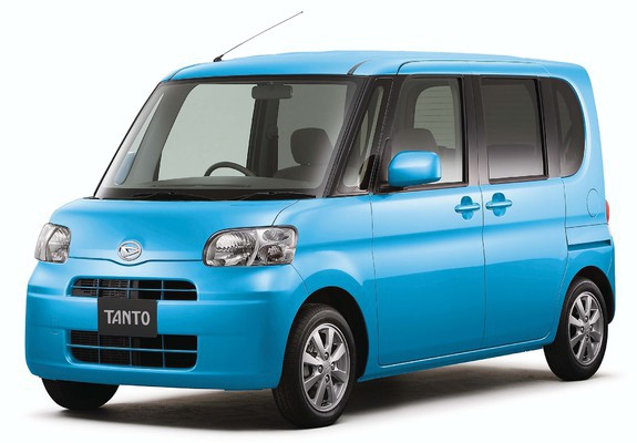 Fabulous! The tiny Daihatsu Tanto.